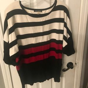 Fitted waist sweater lg